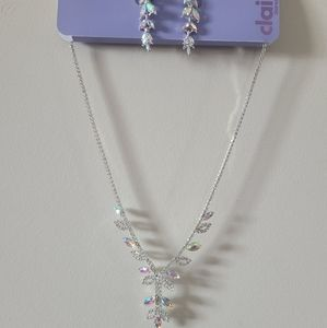 *Extra 50%OFF NWT Claire's Necklace/Earrings Set